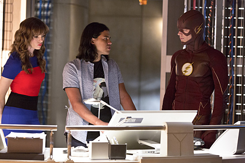 "The Flash Preview: ""Family of Rogues"""