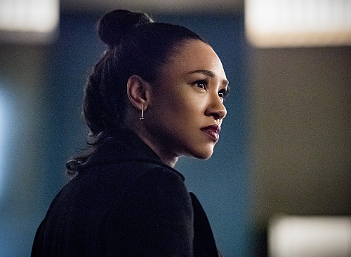 the flash mirror iris west